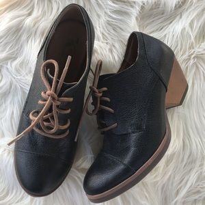 Korks by Kork ease Oxford pump booties size 6/36.5